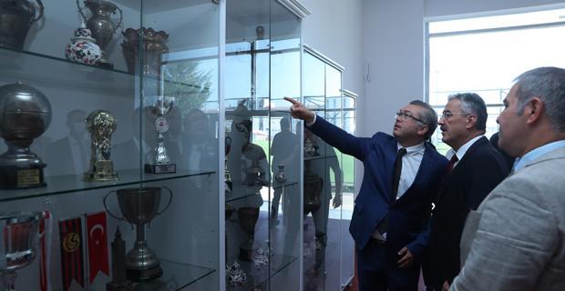 Eskişehirspor, Süper Lig'i hak ediyor
