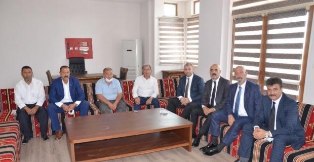 MHP Günyüzü İlçe Başkanı Özdemir güven tazeledi