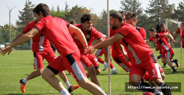 Adanaspor hazırlıkları sürüyor