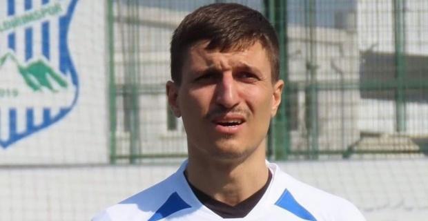 Oğlunu boğduğu iddiasıyla tutuklanan futbolcu ilk duruşmada savunma yapmadı