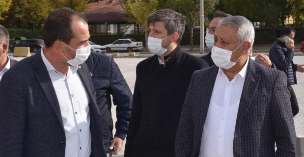 Başkan Zeybek Ali Çetinkaya mahallesini ziyaret etti