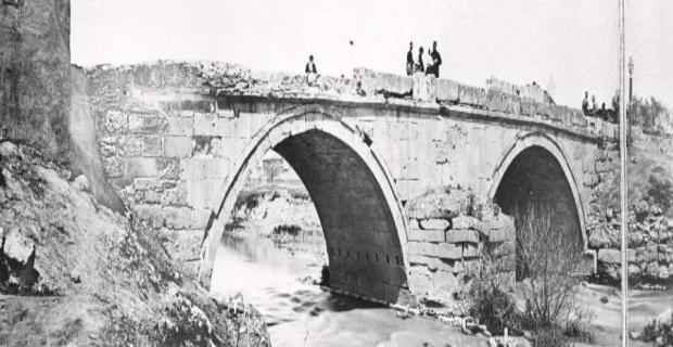 Eskişehir'im, 1800'lerin sonlarında Roma köprüsü
