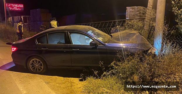 Uyuşturucu kullanımı sonucu yoldan çıkarak kaza yaptı