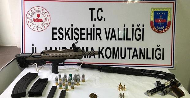 Uyuşturucu madde ve silah operasyonu