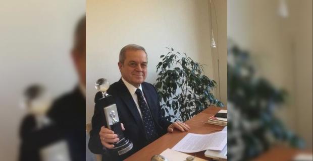 Erdoğan'a TİDE tarafından ödül verildi