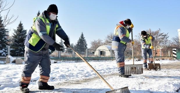 Kırsal ve merkezde kar ile mücadele