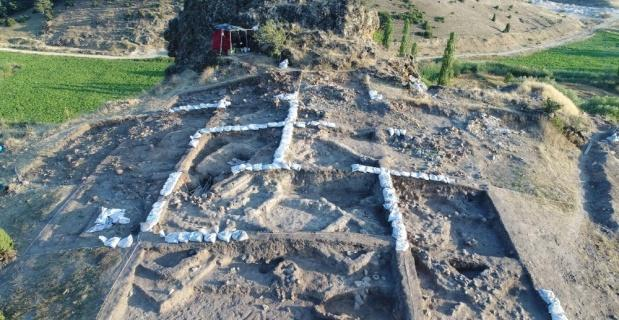 Tarihe ışık tutan kazılar