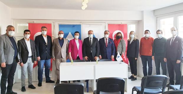 DEVA Partisi ve CHP Başkanları bir araya geldi