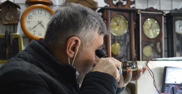 Replika saatler tamircilere yaradı