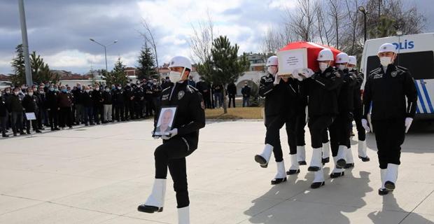 Vefat eden polis memuru için tören