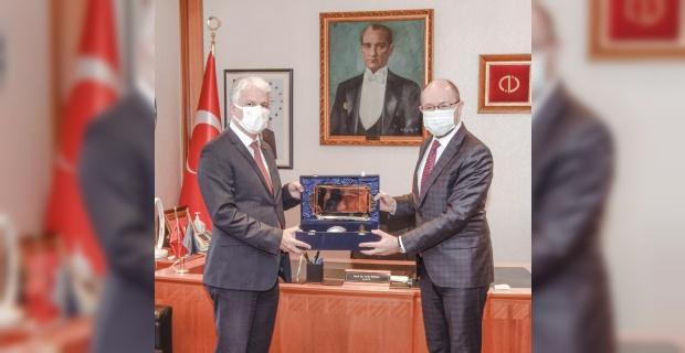 Sivil Havacılık Genel Müdürü Yüksek'ten Rektör Erdal'a ziyaret