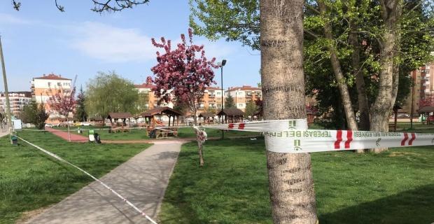 Tedbirlerin hiçe sayıldığı park şeritlerle kapatıldı