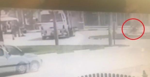 19 yaşındaki motosikletli gencin öldüğü kaza kamerada