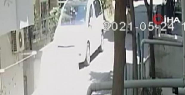 Avcılar'da, sokakta tartıştığı arkadaşını bir anda bıçakladı