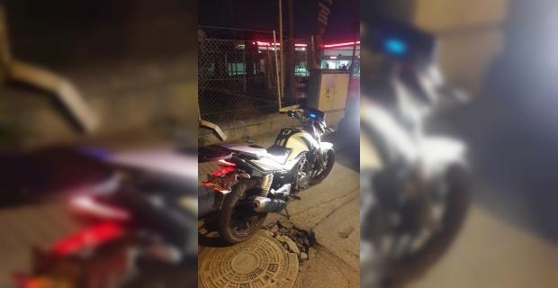 Çalıntı motosiklet petrol istasyonunda bulundu