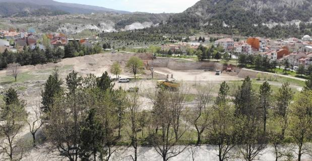 Millet Bahçesi'nin yapımı, 'Tam kapanma' sürecinde de hız kesmeden devam ediyor