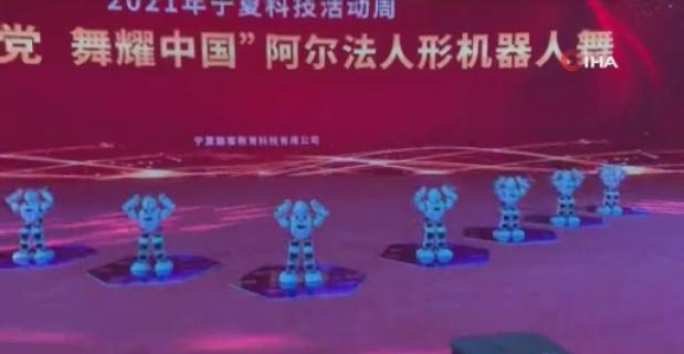 Robotların dansı hayran bıraktı