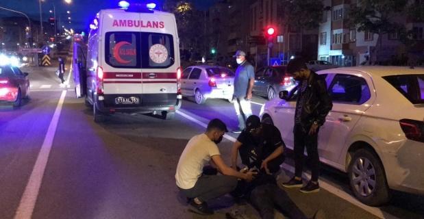 Bilecik'te motosiklet ile otomobilin çarpıştı, 1 kişi yaralandı