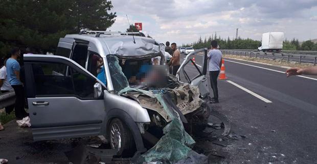 Eskişehir'de trafik kazası: 2 ölü, 3 yaralı