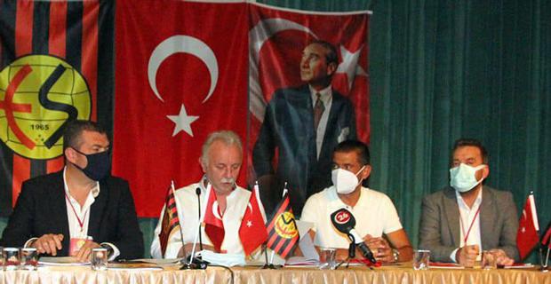 Eskişehirspor için 11 isim imza verdi