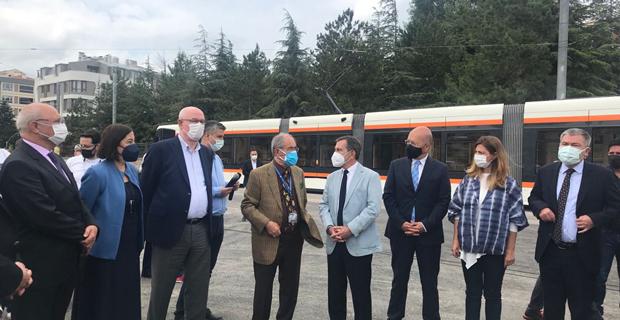 Kumlubel tramvay hattı açıldı