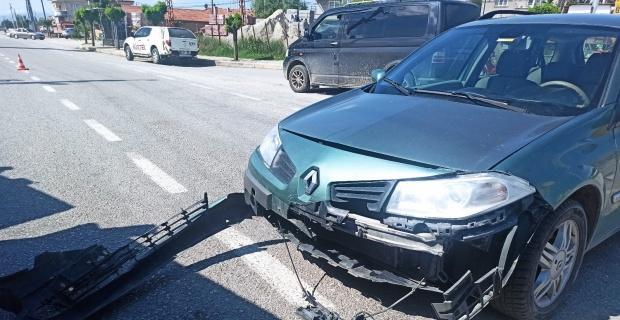 Otomobil tır ile çarpıştı, şans eseri yaralanan olmadı