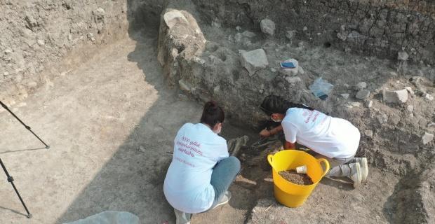 9 bin yıl öncesine ait yaşam alanını öğrencileri büyüledi