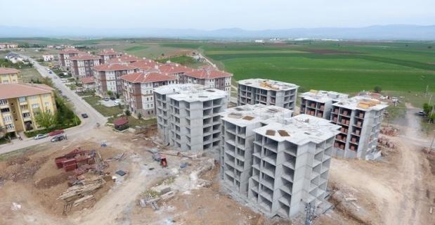 Sandıklı'da 250 konutluk TOKİ inşaatı devam ediyor