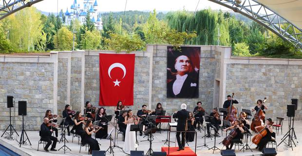 Senfoni orkestrası  açık havada oda müziği konserlerine  başlıyor