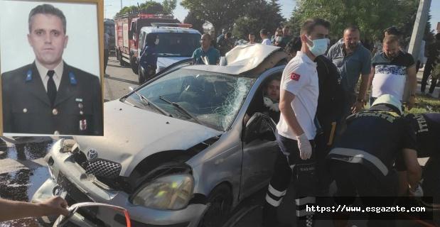 6 araç birbirine girdi: 5 yaralı 1 ölü