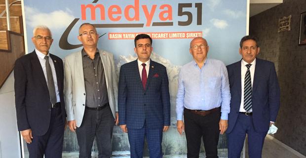 CHP heyeti Anadolu'da basını dinliyor