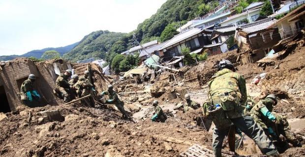 Japonya'yı vuran sel ve heyelanda can kaybı 13'e yükseldi