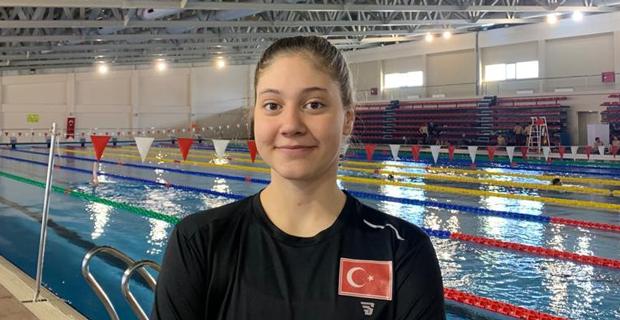 Milli yüzücü Avrupa'da finallere yükseldi