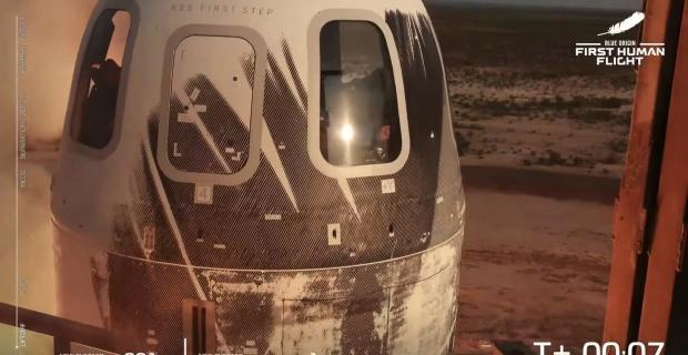 Milyarder iş insanı Jeff Bezoss uzaya çıktı