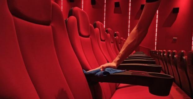 Sinema salonlarında hummalı hazırlık