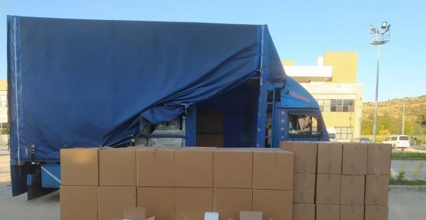 Kamyonette bir milyon 200 bin adet kaçak boş makaron ele geçirildi