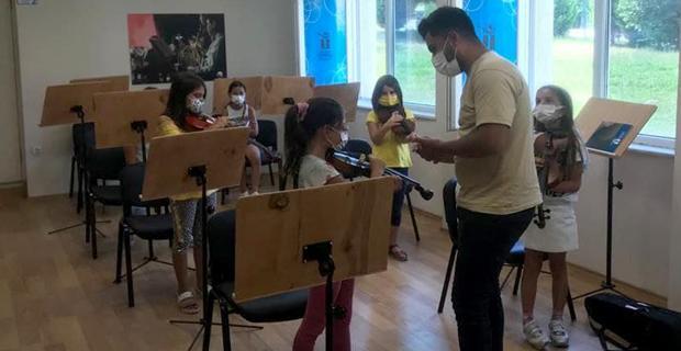 Muhteşem çocuklar çalışmalarını sürdürüyor