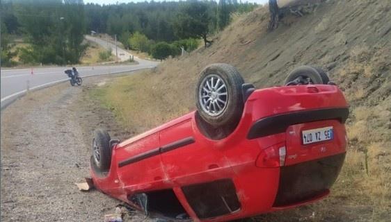 Otomobil takla attı, 2 kişi yaralandı