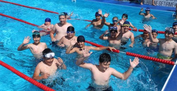 Sivrihisar'da yüzme eğitimleri başladı