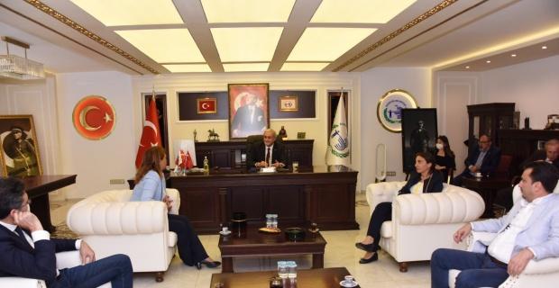 Başkan Bakkalcıoğlu milletvekilleri ile bir araya geldi