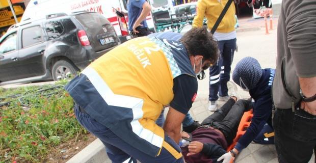 Bilecik'te motosikletini deviren sürücü yaralandı