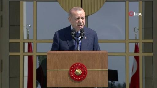 """Cumhurbaşkanı Erdoğan: """"Büyük ve güçlü Türkiye silueti ufukta gözükmüştür"""""""