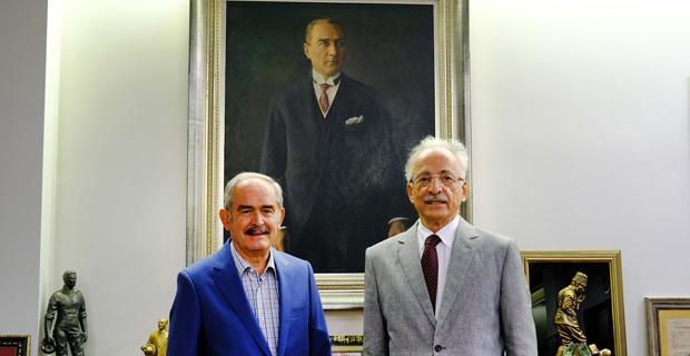 Karayalçın'dan Büyükerşen'e Ziyaret
