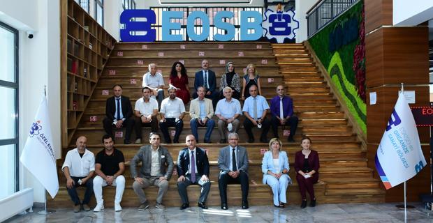 Türkiye'ye örnek bir okul inşa ettiniz