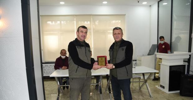 Yangınlarla mücadele eden orman personeline ödül