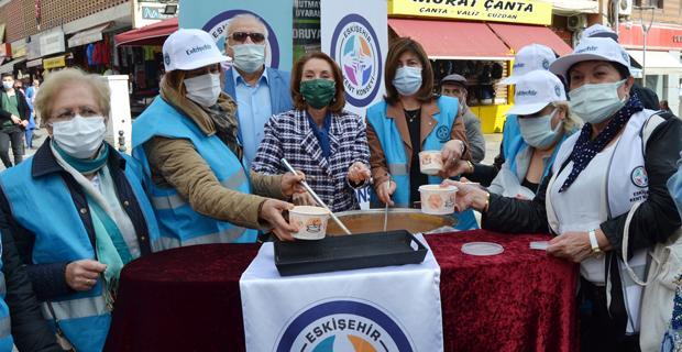 Dünya Gıda Günü'nde tarhana dağıttılar