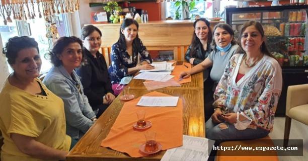 Turuncu kadın kooperatifi devam kararı aldı