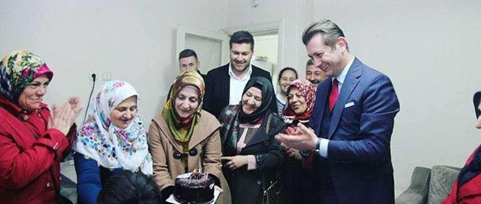 AK Parti Odunpazarında kapı kapı geziyor