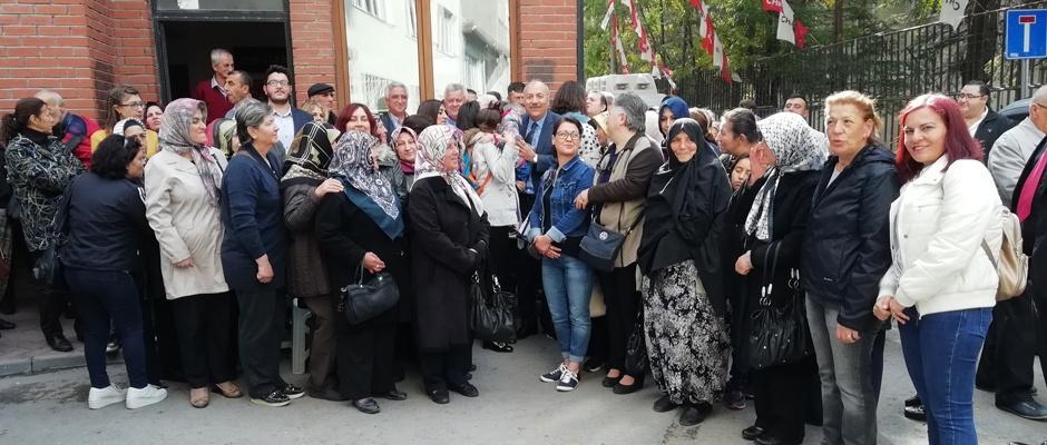 Karaköse aday adaylığını açıkladı