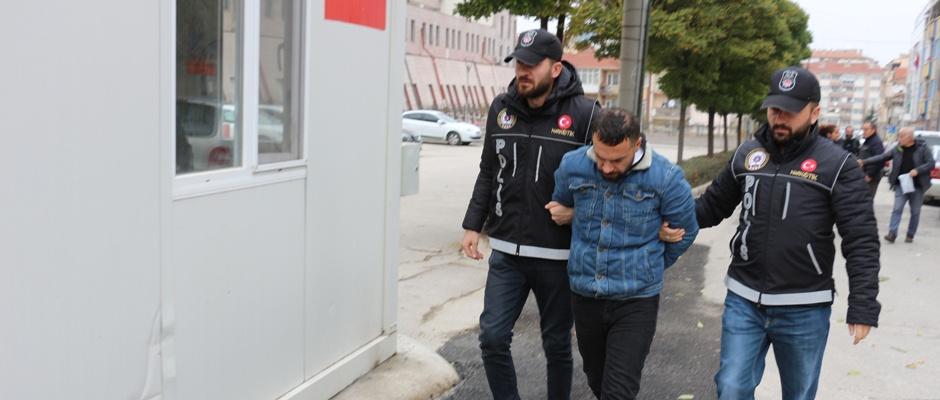 İran uyruklu uyuşturucu satıcısı adliyede